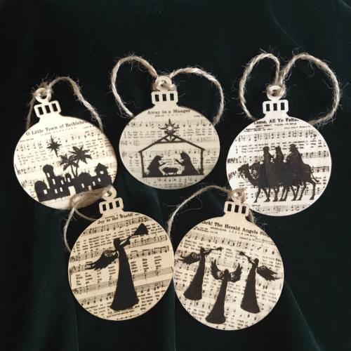Christmas tree ornaments carols